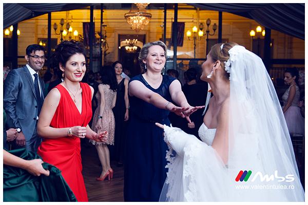Miruna&Marius- fotograf nunta047