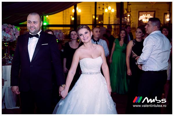 Miruna&Marius- fotograf nunta069