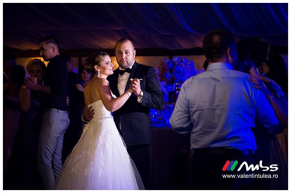 Miruna&Marius- fotograf nunta073